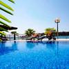 hotel palazzo pool