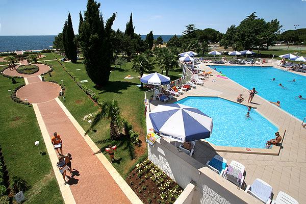 Hotel Laguna Materada pool